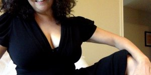 Karoline incall escorts